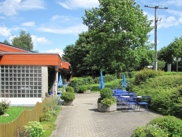 Sportgaststätte Römerhof: In unserem Biergarten verwöhnen wir Sie im Freien