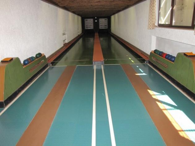 Sportgaststätte Römerhof: In der Kegelbahn können Sie mit Spaß und Freude eine ruhige Kugel schieben