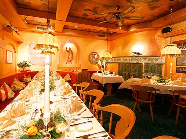 Hotel Restaurant PETERSHOF: HERZLICH WILLKOMMEN im Petershof
