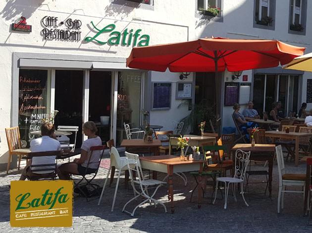 Latifa | Cafe  Restaurant  Bar: Willkommen im Latifa