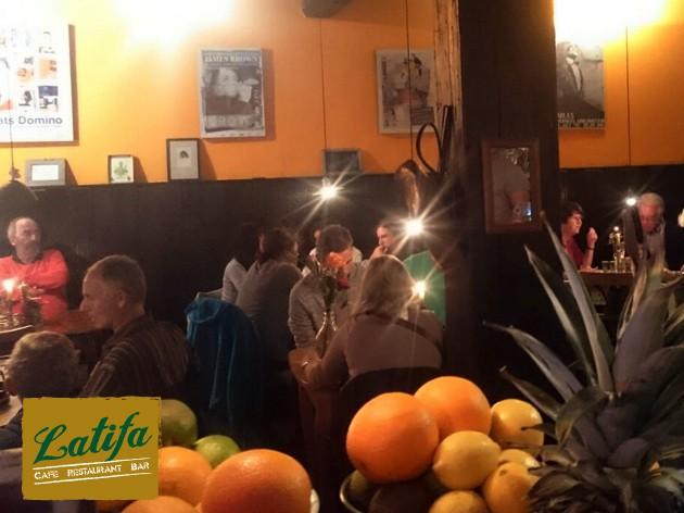 Latifa | Cafe  Restaurant  Bar: Am Nachmittag: Kaffee und Kuchen