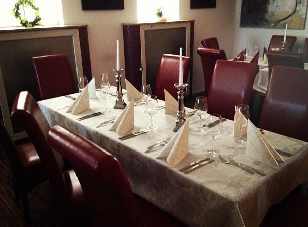 SIEBZEHN Bar Lounge Restaurant: GENIESSEN & FEIERN