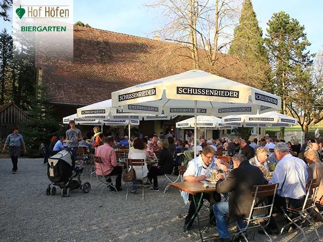 Hof Höfen: Die Sonne im Grünen genießen!