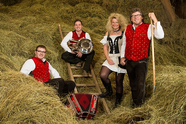 Landgasthof Löhner: Löhner´s Bockbierfest mit den Oberpfälzer Spitzboum