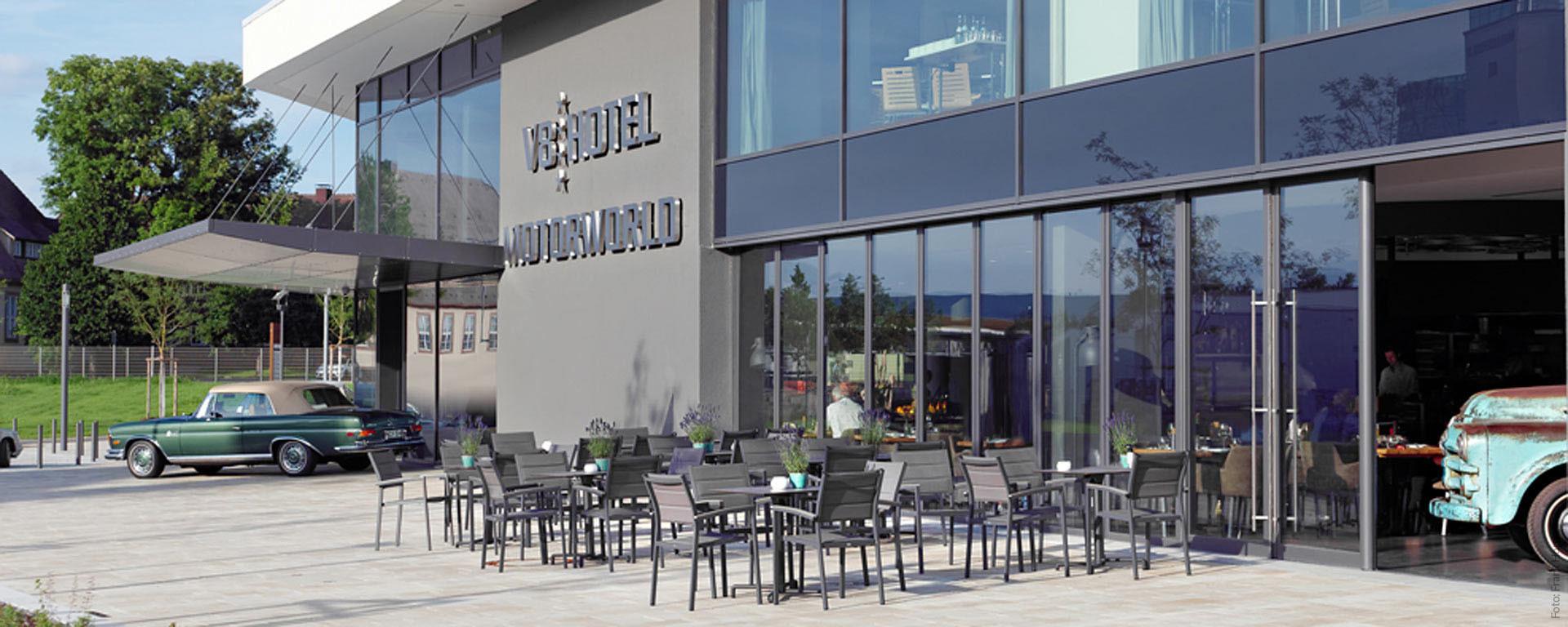 Das V8 HOTEL mit Restaurant & Café-Bar, Veranstaltungs- und Tagungsräumen in Böblingen - Flugfeld