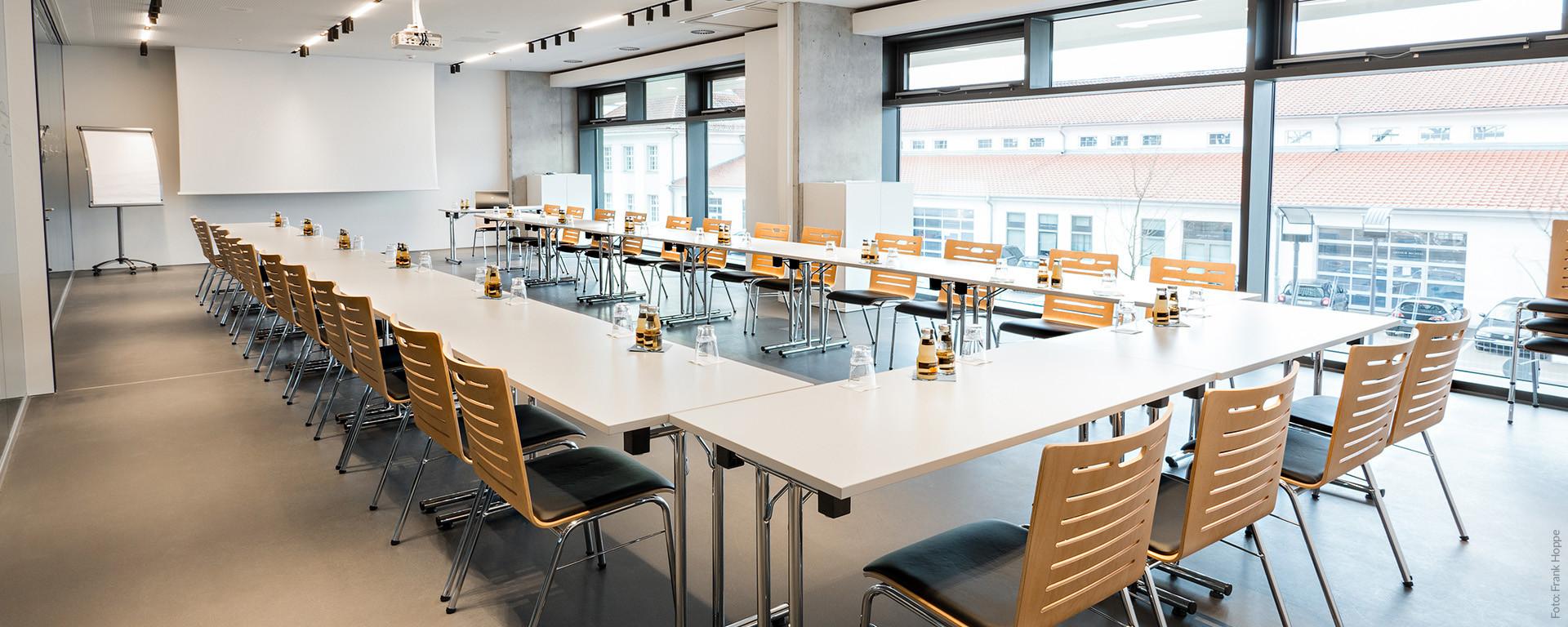 Tagungsräume im V8 HOTEL für 6, 60-oder 90 Personen bis hin zu Veranstaltungen bis 400 Personen
