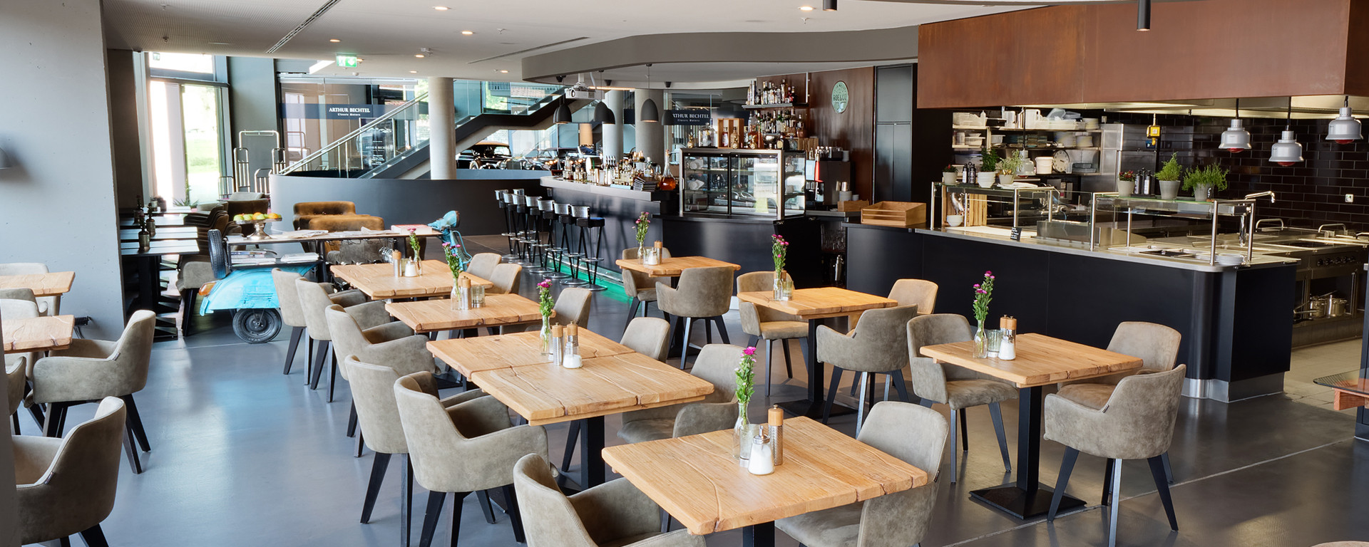V8 HOTEL Restaurant - Feste & Feiern - Hochzeitslocation