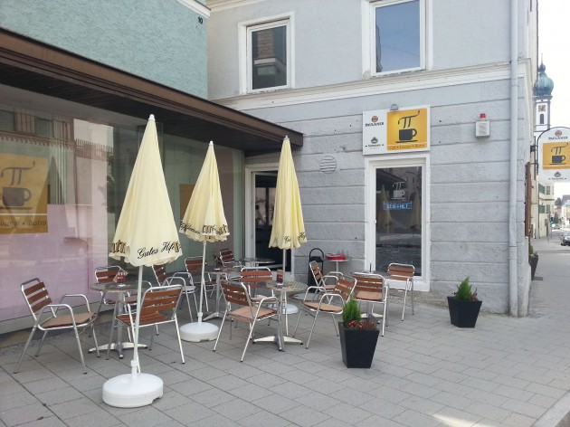 Cafe Lounge TT: