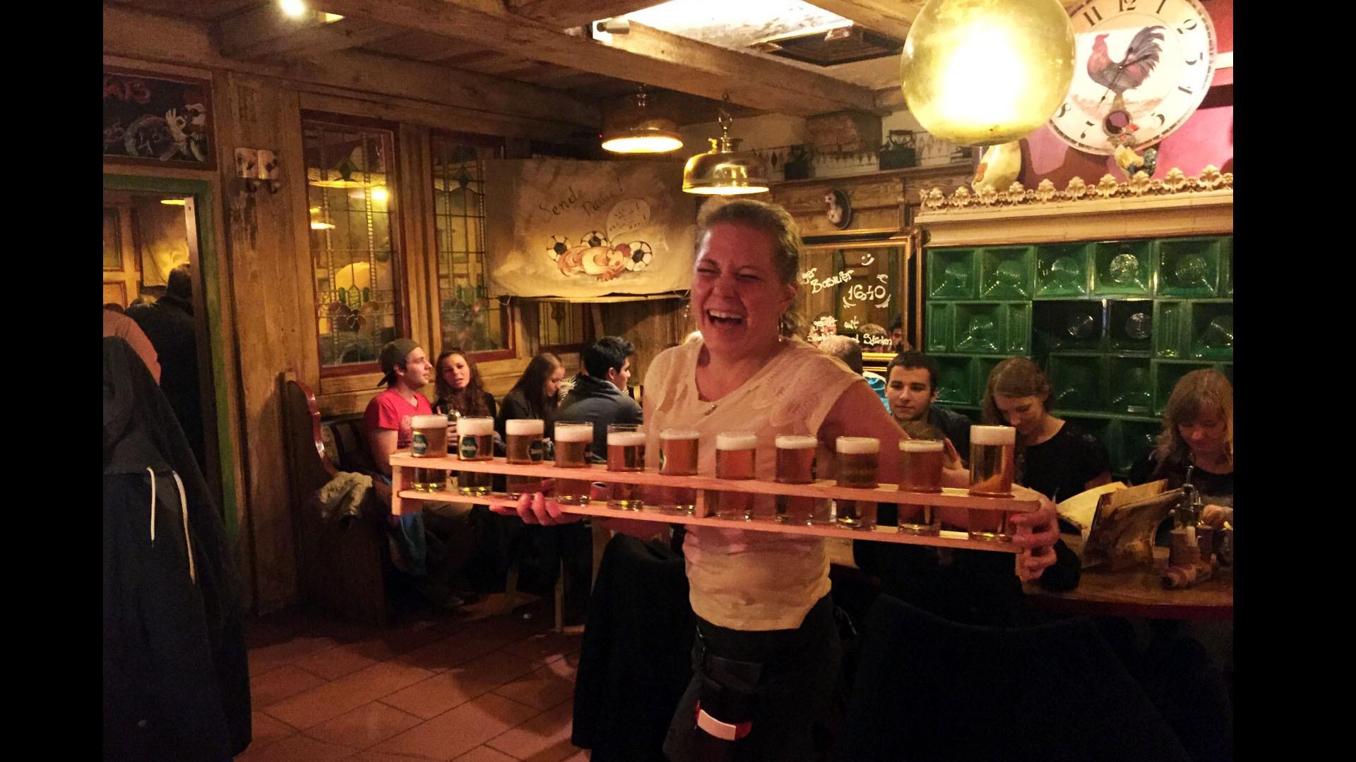Immer in Partystimmung: Das Pizza-Restaurant Roter Gugelhan in Konstanz KN