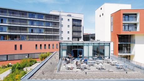 Café in der Virngrund-Klinik & Kiosk: Die Terrasse