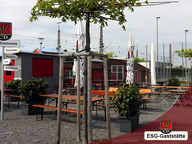 ESG - KornwEstheimer Sport Gaststätte: Die Sonnenstrahlen genießen