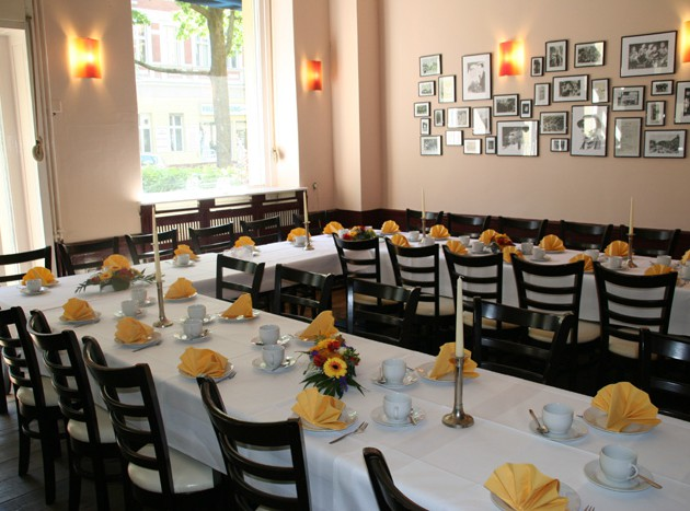 Café Klatsch: Geburtstagsfeier mit maximal 50 Personen? Unser Gran Café!