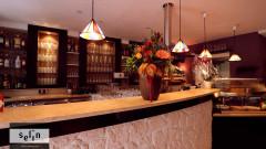 Selin Café-Restaurant - unsere Bar bietet türkische Weine - und Biere von der Brauerei Hirsch