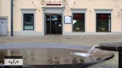Türkisch essen im Selin Café-Restaurant am Gutmann-Brunnen auf dem Münsterplatz in Konstanz KN