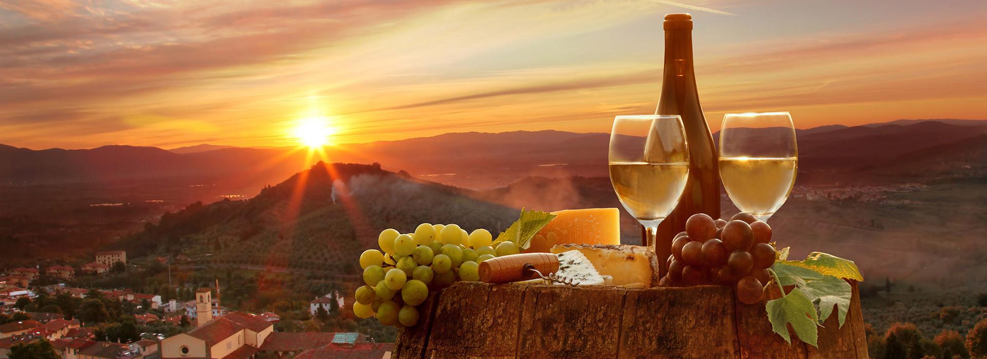 Die handverlesene Weinauswahl und die herausragende Weinkompetenz machen die Ratsstuben Weissach zu einem feinen Weinlokal/ Weinstube