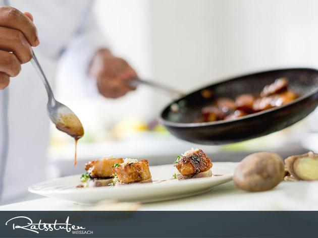 Ratsstuben Restaurant-Gasthaus Weissach: Unser Küchen-Motto: Charmant, heimat.