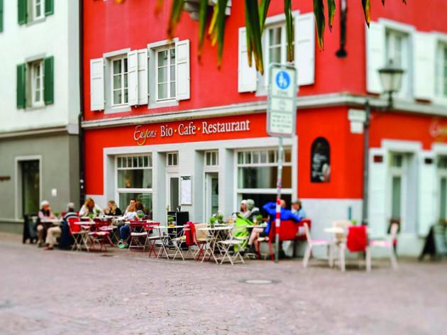 Eugens Bio Restaurant Cafe, Patisserie & Catering: Eugens Bio Restaurant, Cafe, Patisserie & Catering