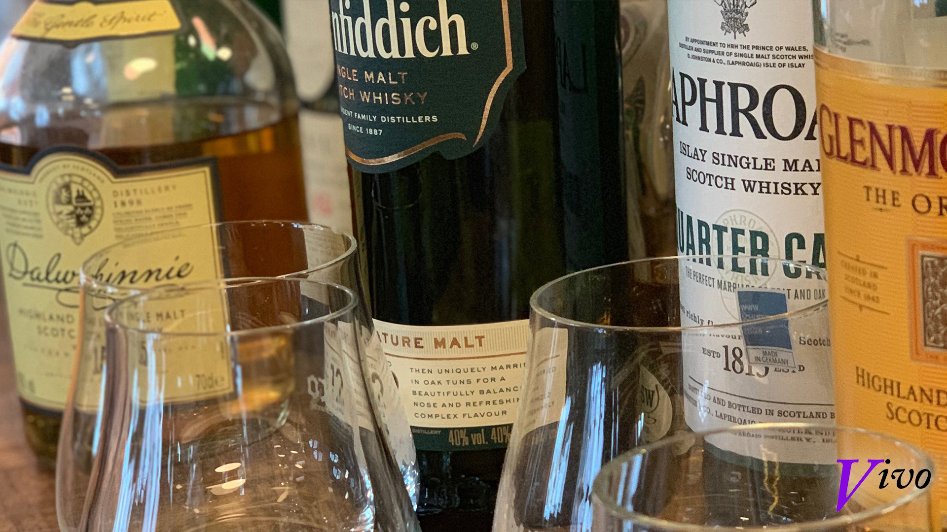 Teil unseres Whiskyschrankes...