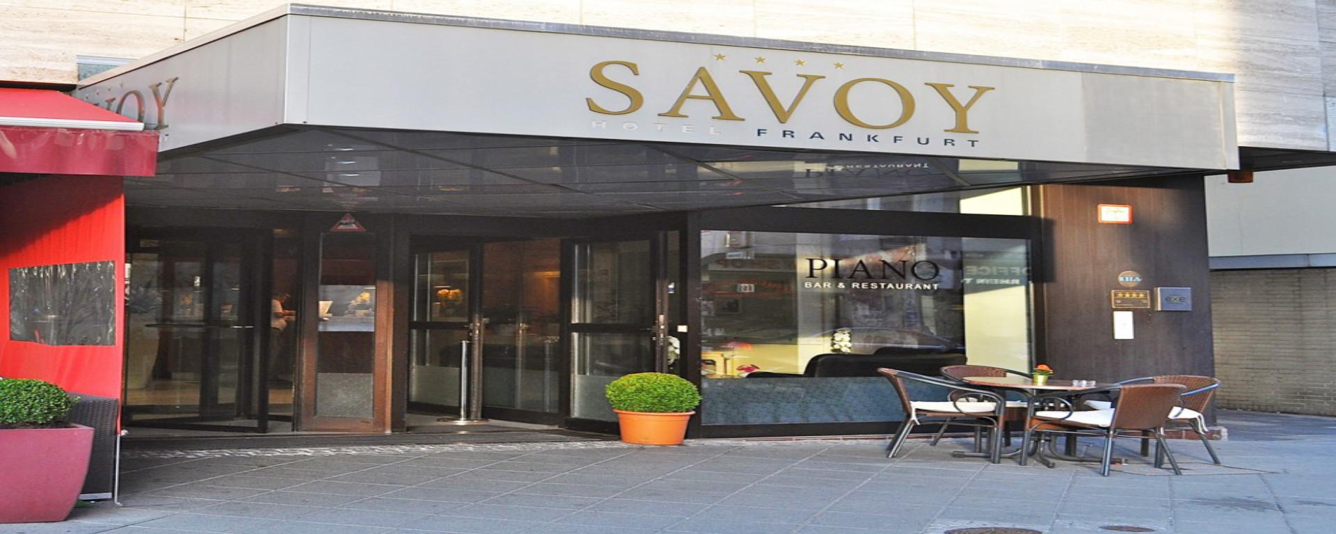 Herzlich Willkommen im First Class SAVOY Hotel BAR Frankfurt am Main