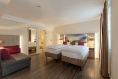 Zweibettzimmer CityClass Hotel Caprice am Dom, Komfort oder Superiorkategorie wahlweise mit Balkon