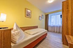 Einzelzimmer im Hotel Windsor Köln, wahlweise Standard oder Economy