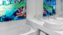 Art Room Bath