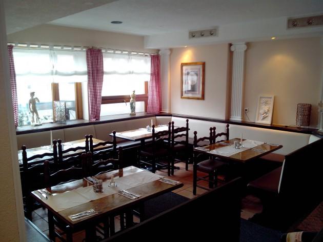Restaurant Delphi - Aalen: Ihr Lieblingstisch bei uns im Restauran