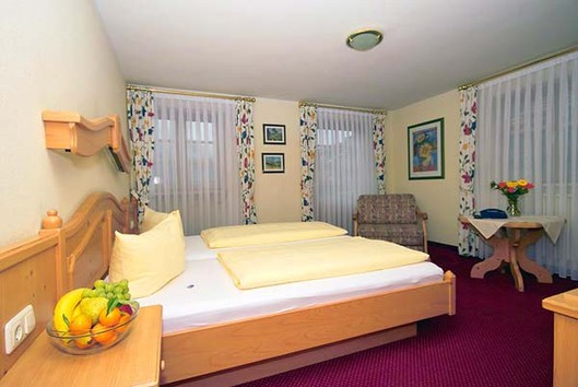 Hotel & Restaurant Hanselewirt: Zimmer ab 34,- bis 64,-