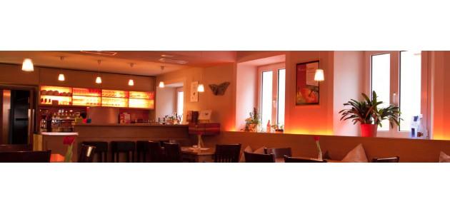 LiNDE - Café und Gaststätte: Herzlich Willkommen