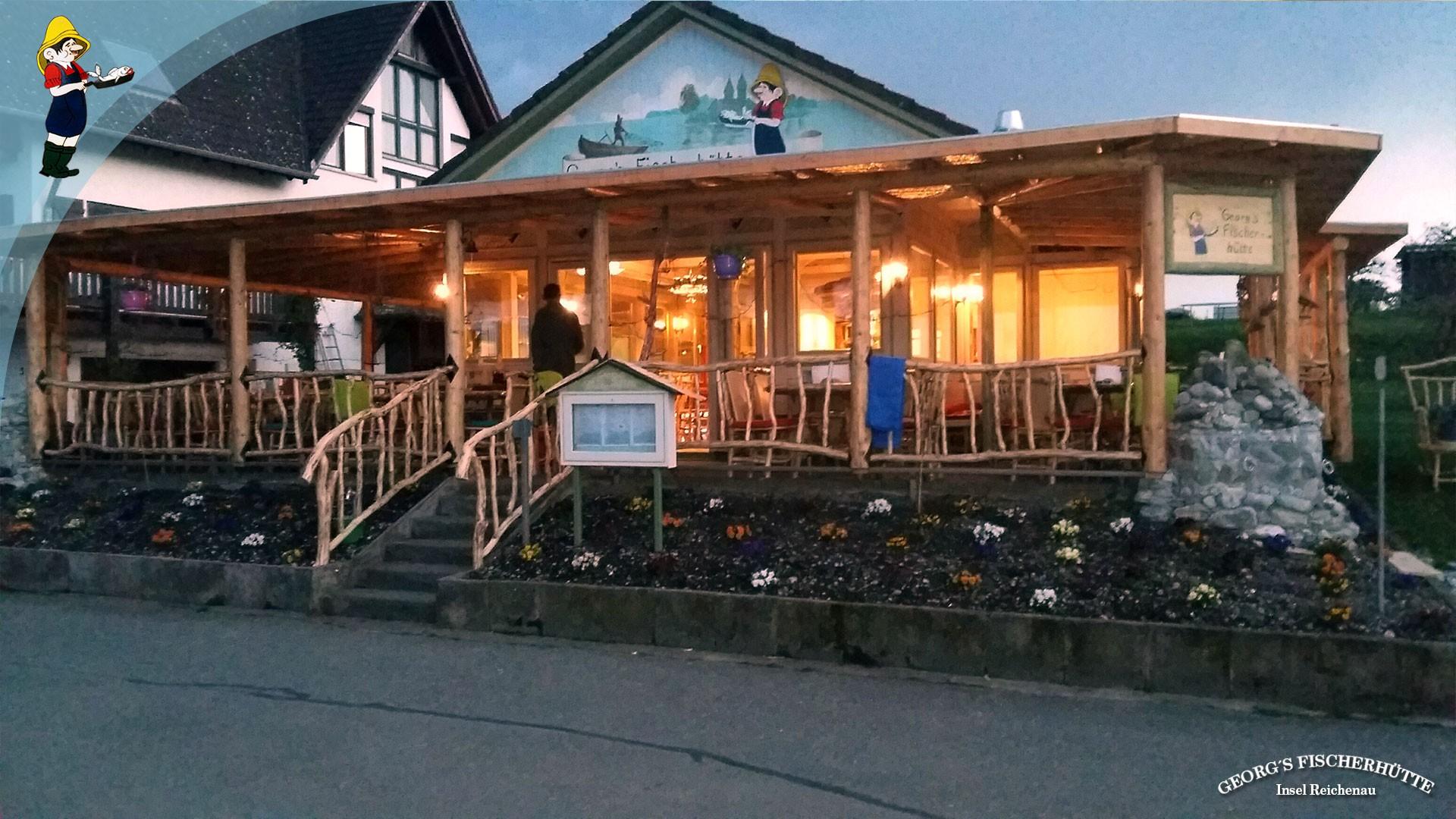 Georg's Fischerhütte, Konstanz-Reichenau: Bodensee-Fisch-Restaurant. Frischfisch-Angebot nach Fang